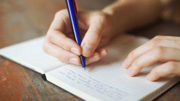 Psaní čárek
