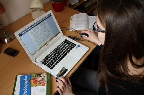 FOTO: Studentka