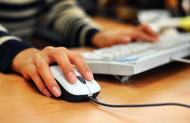 Jak si sestavit rozvrh na VŠ, Studium online