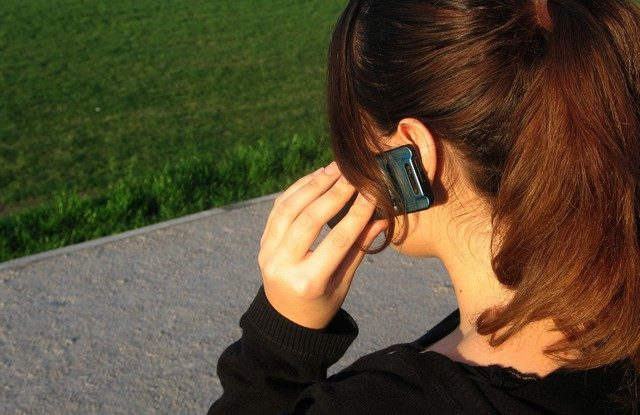 FOTO: Telefon