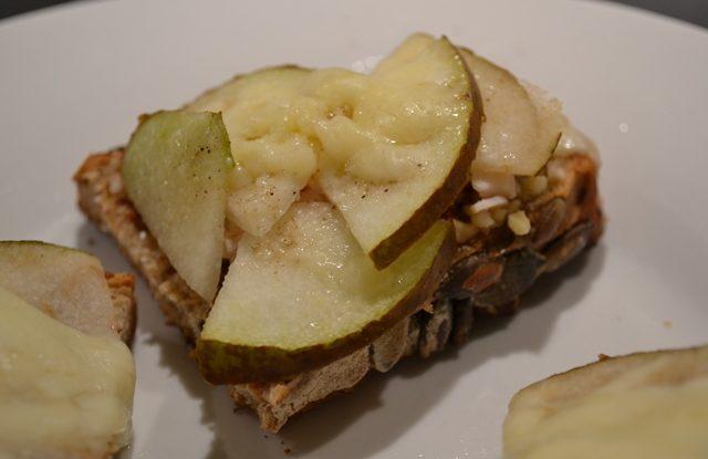 FOTO: Hruškový sendvič