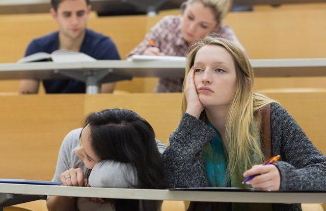 FOTO: Nuda na přednášce