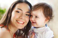 FOTO: Matka s dítětem na mateřské