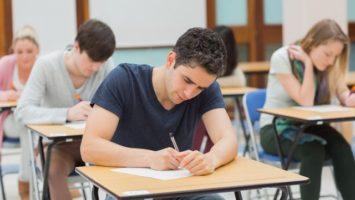 FOTO: Zkoušky, psaní, test, písemka