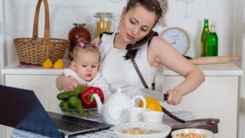 FOTO: Práce na mateřské z domova