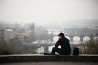 Zástupy nezaměstnaných absolventů vysokých škol se rozšiřují