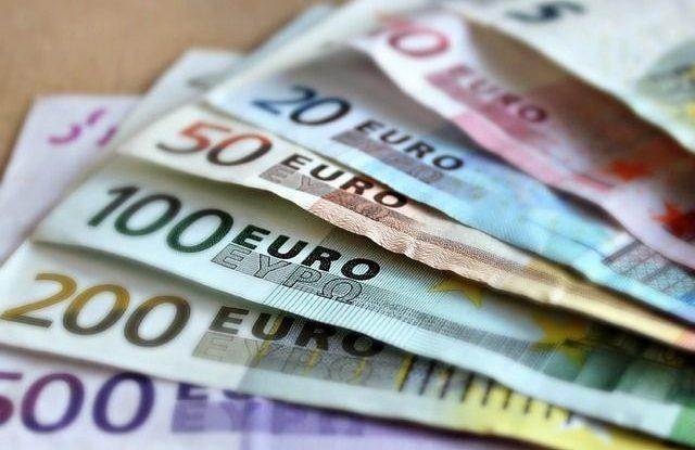 FOTO: Euro, bankovky, peníze