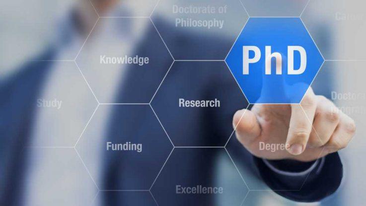 Co znamená titul PHD
