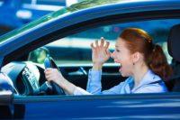 Jak se naučit couvat s autem? Vyzrajte na podélné parkování