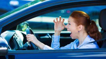 Jak se naučit couvat v autě