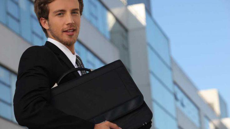 Kam jít studovat právo a podnikání