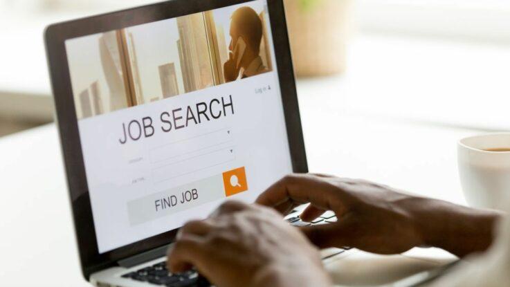Jak najít práci po škole